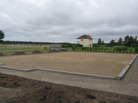 Minispielfeld-Grabow-Fundament-fertig