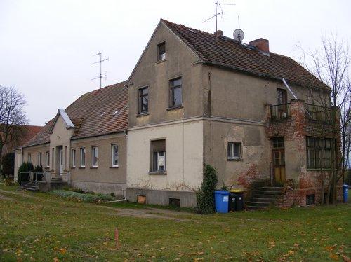 seitenansicht-rechts-vorne-altes-gutshaus-heiligengrabe-liebenthal-immoaktion