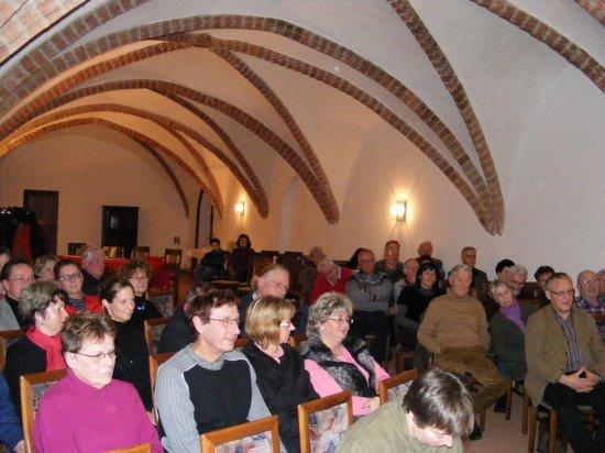 Heiligengrabe-Besucher-der-Veranstaltung-mit-Peter-Michael-Dieste