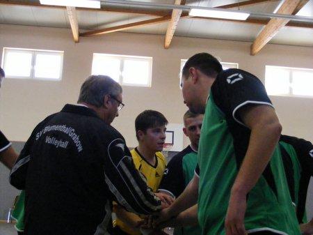 Sv-Blumenthal-Grabow-Volleyball-Landesklasse-bei-der-Auszeit