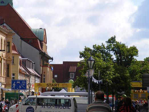 Tour-de-Prignitz-2011-6-Etappe-Kyritz-Heiligengrabe-Marktplatz-Knatterstadt
