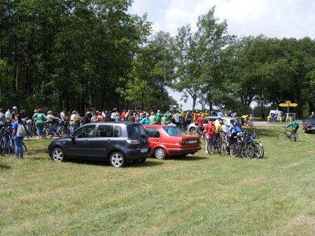 Start-nach-der-Mittagspause-in-gross-woltersdorf-tour-de-prignitz-2011-heiligengrabe-perleberg-etappe-1