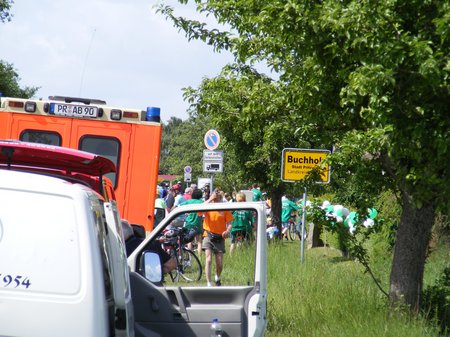 Tour-de-Prignitz-2011-Etappe-1-Heiligengrabe-Perleberg-Durchfahrt-Buchholz