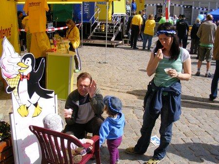 Tour-de-Prignitz-2011-Spiel-und-Spass-fuer-gross-und-klein-Marktplatz-Kyritz-Etappenparty-5