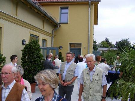 Buergerhaus-Blumenthal-Terrasse-mit-behindertengerechtem-Eingang-Gemeinde-Heiligengrabe