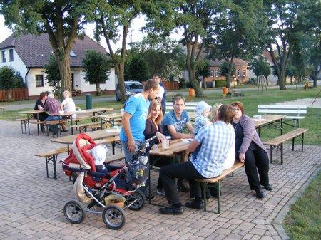 Strassenfest-Koenigsberg-2011-auf-dem-Dorfplatz