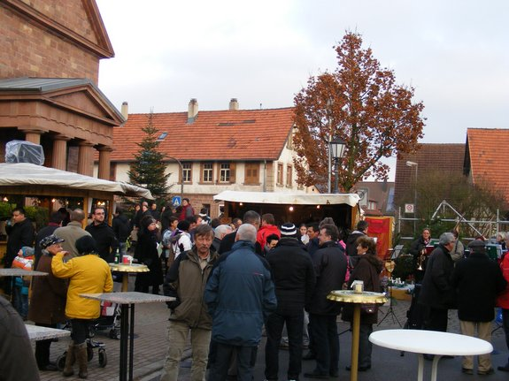 Impressionen-Fotos-Bilder-vom-18-Fahrenbacher-Weihnachtsmarkt-2011-1