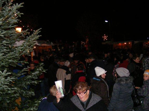 Impressionen-Fotos-Bilder-vom-18-Fahrenbacher-Weihnachtsmarkt-2011-7