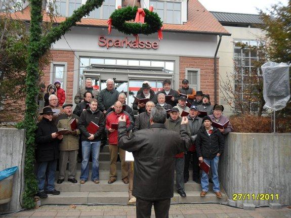 Impressionen-Fotos-Bilder-vom-18-Fahrenbacher-Weihnachtsmarkt-2011-Maennerchor