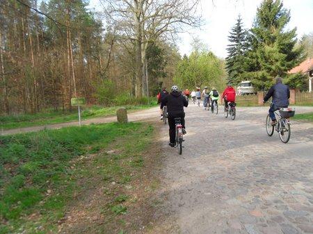 Anradeln 2012 - Fahrt über Hoheheide 02