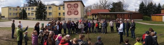 Panorama-Baumplanzaktion-Kleine-Grundschule-Blumenthal-2012