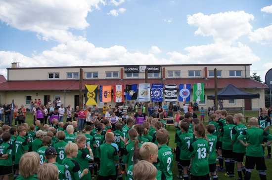 Ansprache-Frank-Elser-Eroeffnung-Fussballcamp-2012-Grabow-Blumenthal