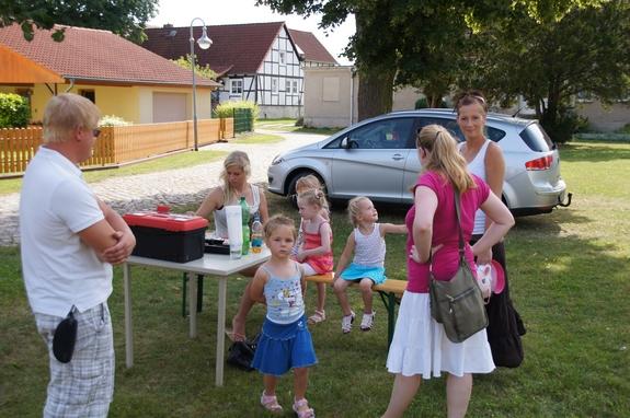 Kinderschminken-beim-Dorf-und-scheunenfest-2012-in-Liebenthal