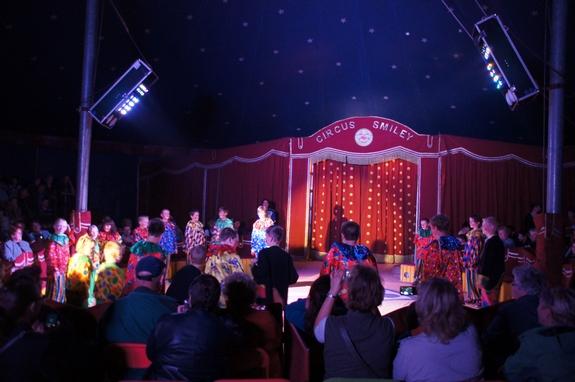 Clown-Party-mit-Musik-im-Zirkuszelt-Heiligengrabe