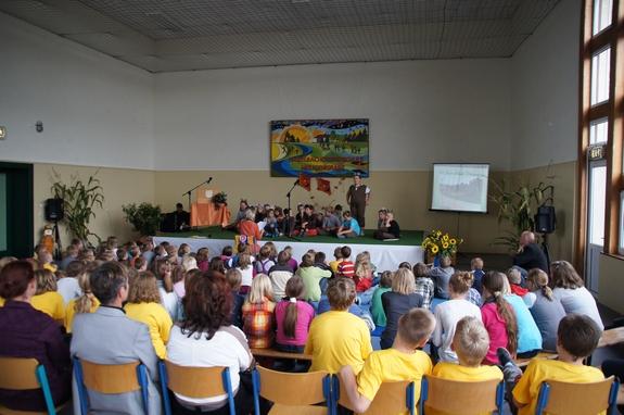 Festprogramm-kleine-Mauese-Theaterstueck