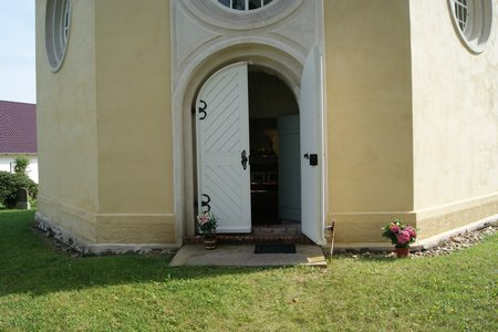 Schinkelkirche Glienicke 01