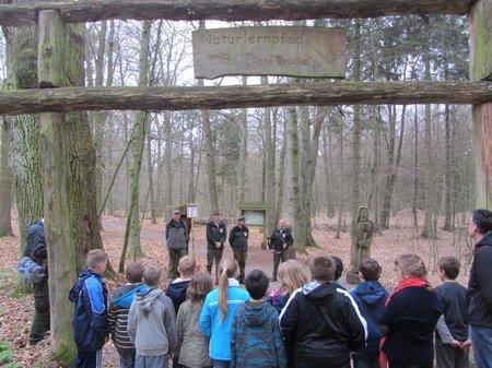 Klasse4-Nadelbachgrundschule-Heiligengrabe-Wildapfel01