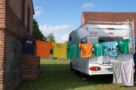 Tour-de-Prignitz-Dauerradler-t-Shirts-Waescheleine