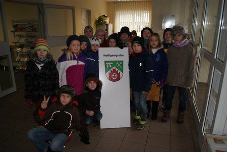 Nadelbachgrundschule Heiligengrabe - 3. Klasse besucht Gemeindeverwaltung 01