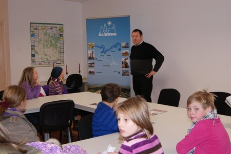 Nadelbachgrundschule Heiligengrabe - 3. Klasse besucht Gemeindeverwaltung 02