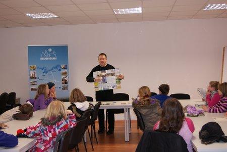Nadelbachgrundschule Heiligengrabe - 3. Klasse besucht Gemeindeverwaltung 03