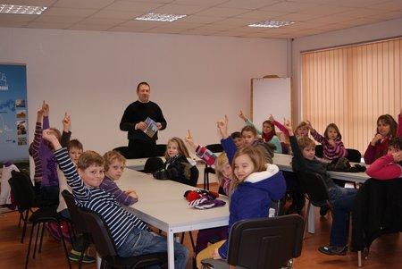 Nadelbachgrundschule Heiligengrabe - 3. Klasse besucht Gemeindeverwaltung 04