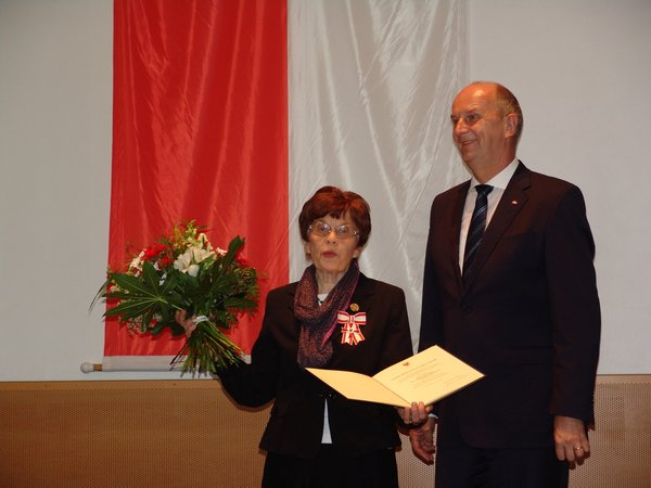 5Verdienstmedaille-Brandenburg2015 Äbtissin-Heiligengrabe